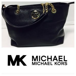 💝SOLD LOCALLY💝MK purse