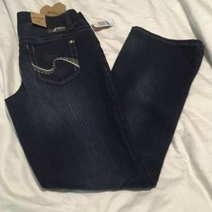 "Grane Denim - *NWT* Grane ""Selma"" lowrise curvy boot jeans size9"