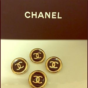 CHANEL Accessories - Four Chanel buttons