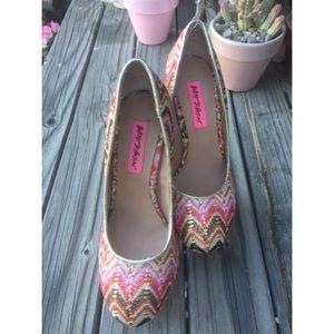 Betsey Johnson Shoes - BETSEY JOHNSON HEELS SZ 6 SHOES WOMENS