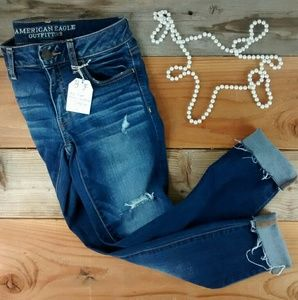 American Eagle Outfitters Denim - Like New! AE Distressed Cuffed Jeggings