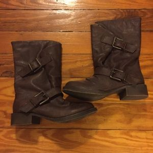 Blowfish Shoes - NWOT Brown Leather Heeled Boots Blowfish Size 6.5