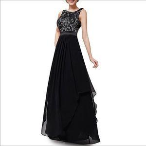 Dresses & Skirts - Gorgeous Black Floor-length Lace Maxi Dress