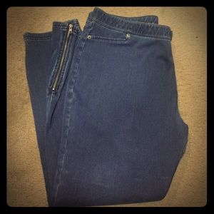 Cropped Hue Denim Leggings with Sidezip Detail