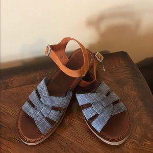 TOMS Shoes - Toms sandals