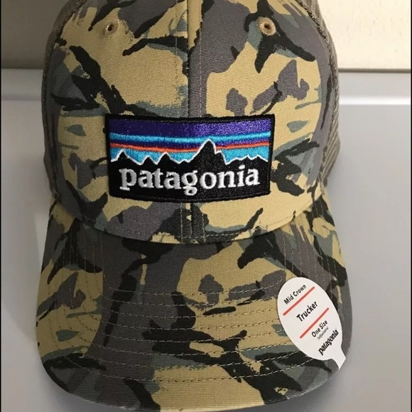 NWT Patagonia Mens P-6 Trucker Snapback Camo Hat 91a210fe549