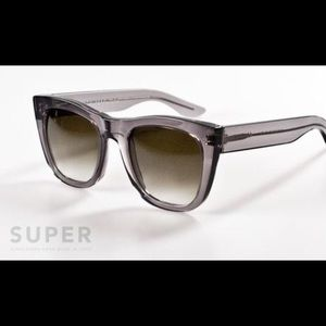 Super Sunglasses Accessories - Gorgeous Super Gals sunglasses