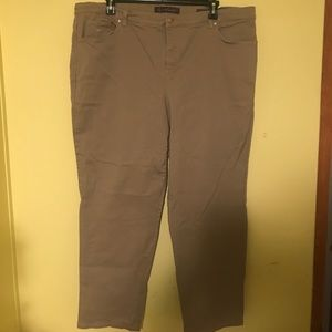 Gloria Vanderbilt Denim - Tan Gloria Vanderbilt Denim jeans sz 22w