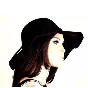 Accessories - Black felt hat floppy hat wide brim hats sun hat