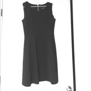 just taylor Dresses & Skirts - Just Taylor Black Dress