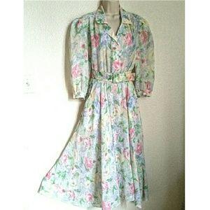 Vintage Dresses & Skirts - 🌻Vtg. 80s Floral Dress/Belt