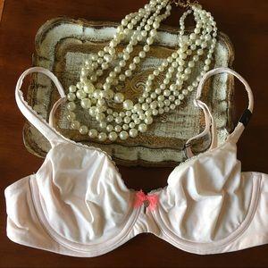 Victoria's Secret Other - 🌸🆕 Body By Victoria's Secret Unlined Bra - 34C