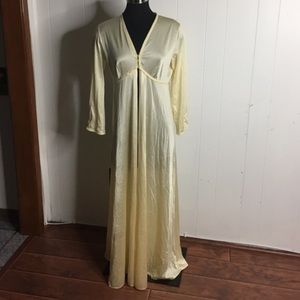 Other - Vintage nightgown or robe