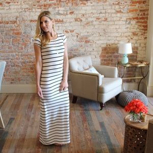 Dresses & Skirts - Ivory and black striped short sleeve maxi dress