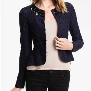 Heed Lace Necklace Jacket