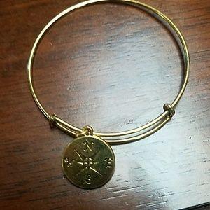 Jewelry - New compass expandable bracelet