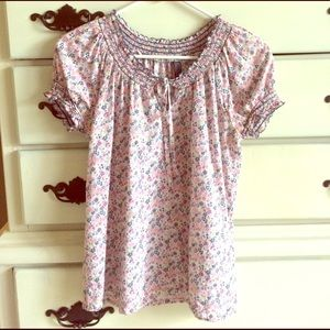 ONLY & SONS Tops - ONLY Floral Peasant Top Key Hole Neckline