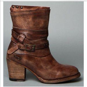 Bed Stu Shoes - Bed Stu boot Size 7 - Rowdy Teak Driftwood