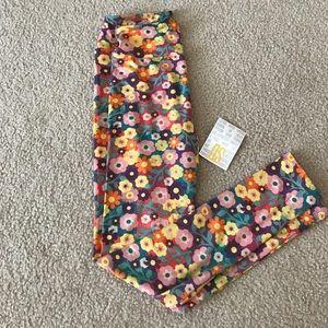 LuLaRoe Pants - OS LuLaRoe leggings (NWT)