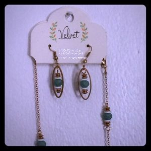 Velvet Jewelry - 🌿NEW Beautiful Necklace & Earring Set