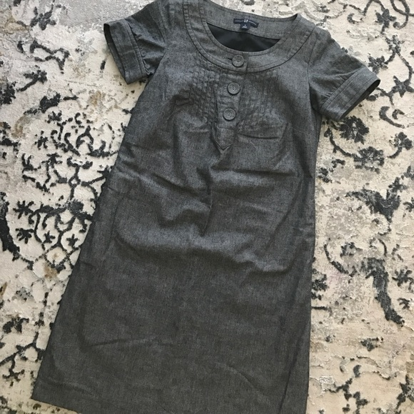 GAP Dresses - Gray three button dress