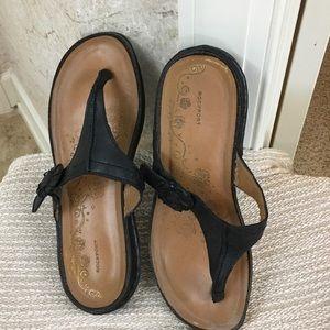 Rockport Shoes - Rockport leather flip flops Sz 8