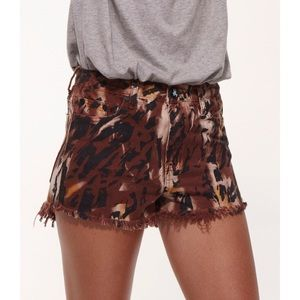 One Teaspoon Pants - One Teaspoon Easy Tiger Romeo Shorts Sz 30/6