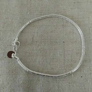 Jewelry - NWT: Sterling silver 925 marked bracelet