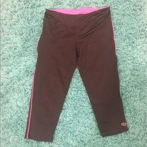 Game Time Pants - 🔵Black & Pink Crop Workout Leggings