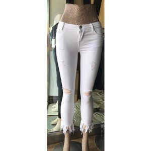 Denim - White bottom fringe jeans