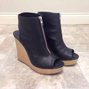 Vera Wang Shoes - Vera Wang Wooden Wedges Size 8 1/2