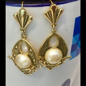 Vintage gold plated antique earrings with pearls