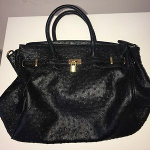 Handbags - Black purse with gold accents