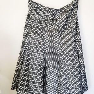 GAP Dresses & Skirts - GAP midi skirt blue and cream