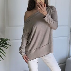 Boutique Tops - 💔LAST 2 CAMBRIDGE Taupe Loose Fit LS Top