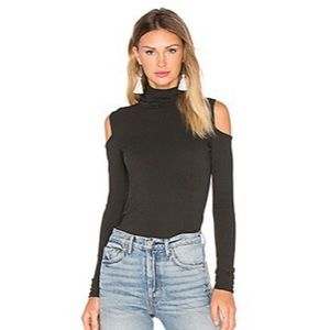Bailey 44 Tops - NWOT Bailey 44 Troy Top Cold Shoulder