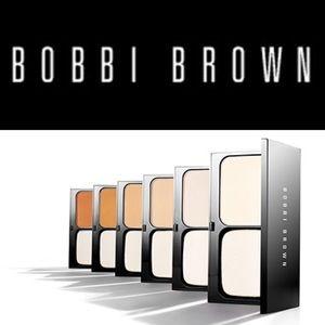 Bobbi Brown Other - 🎉HP🎉 NWB | BOBBI BROWN | Powder Foundation