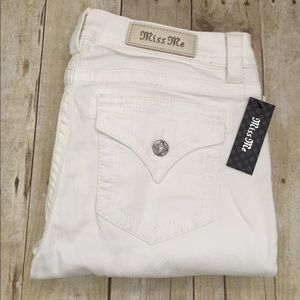 Miss Me Denim - Miss me mid rise boot white jeans NWT 31/34or 32