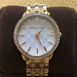 Michael Kors Accessories - NWT Gold Michael Kors Women's Wren Watch