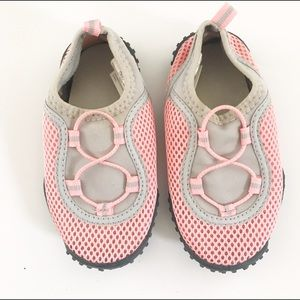 Old Navy Other - Old Navy pink/gray water shoes