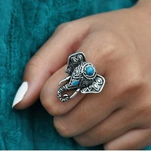 Reclaimed Vintage Jewelry - 🐘 Vintage HΩβΩ Turquoise Elephant Ring