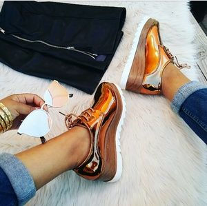 LAST PAIR!!//The Tracy// Bronze oxford platforms