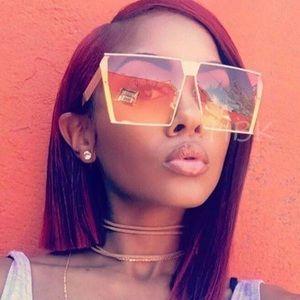 Accessories - Lola shades