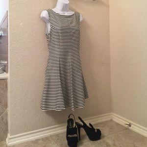Zara Dresses & Skirts - Navy/black and white striped dress!