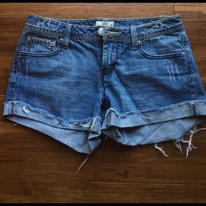 Pants - Cuffed jeans shorts
