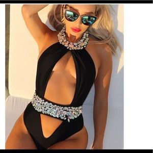 Other - 🔥HOT DEAL ONLY TODAY🔥👙Bling bling bathing suit
