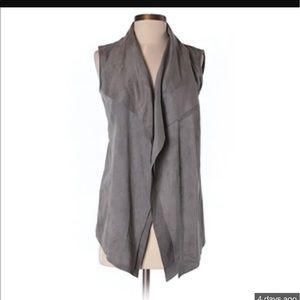 Katherine Barclay Jackets & Blazers - Katherine Barclay sleeveless cardigan size XS