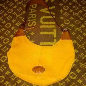 Dooney & Bourke Handbags - Dooney & Burke purse