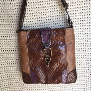 Jessica Simpson Handbags - Jessica Simpson crossbody messenger tote