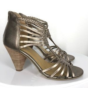 Seychelles Shoes - Seychelles gold silver heels size 9